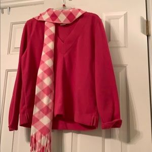 Fleece V-neck pullover plus scarf